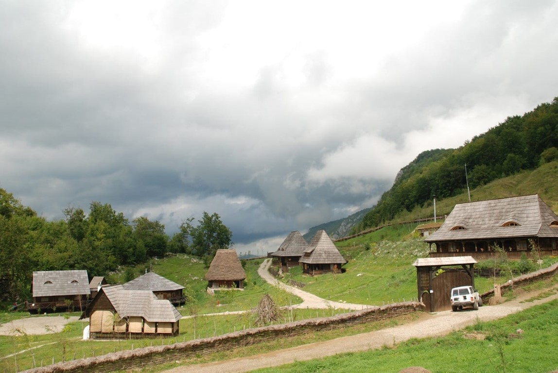 private motorcycle tours romania